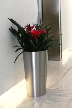 stainless steel flowerpot